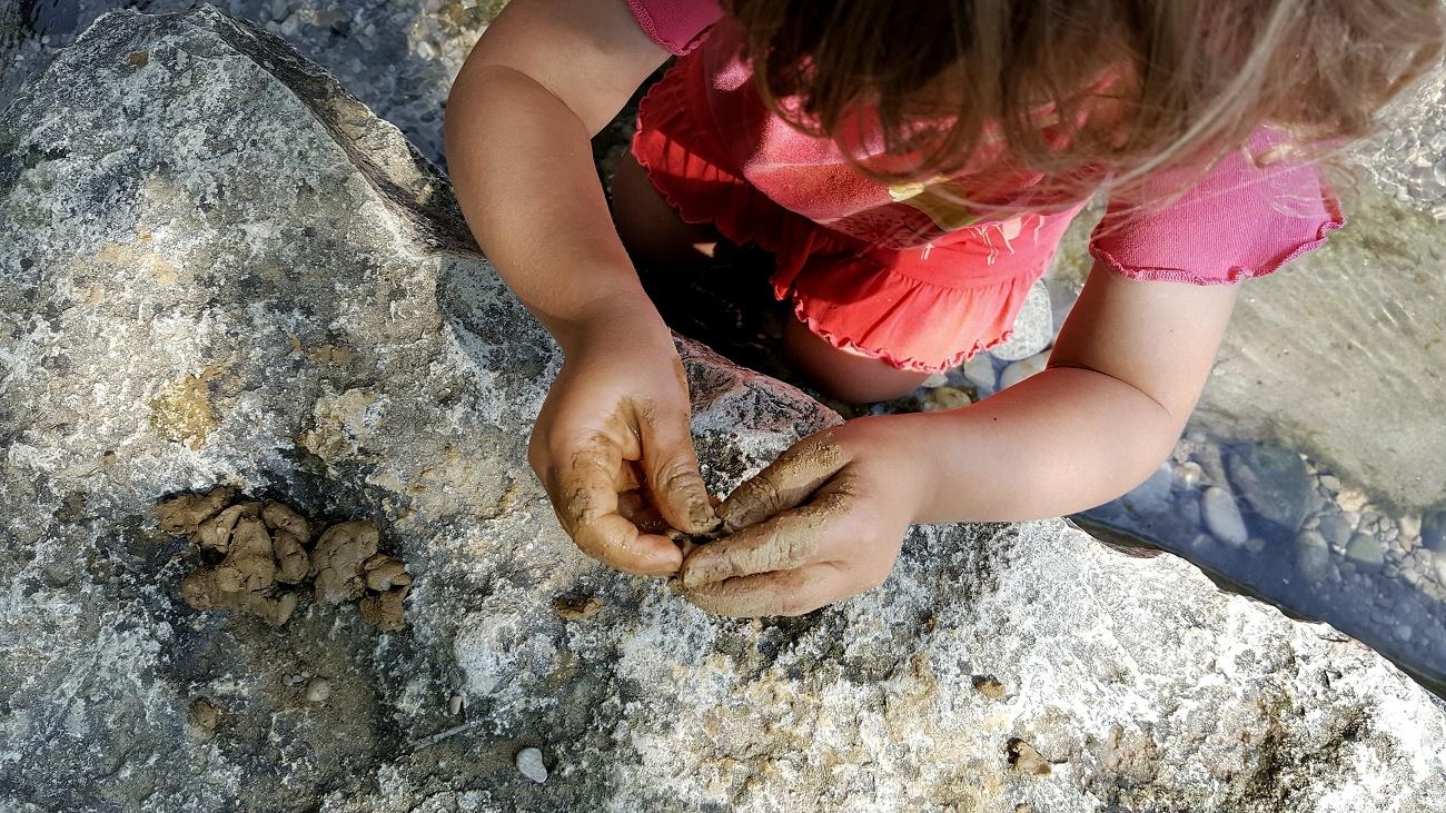 Kleine Abenteuer in der Natur: nachhaltig Spielen und Natur entdecken